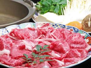 グリーンホテルやまなみ:【但馬牛すき焼き】柔らかくてジューシーなお肉に地元産のお野菜をぐつぐつ…卵がまろやかな味わいに…★