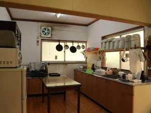 湯川内温泉かじか荘:*【共有キッチン】こちらで炊事も可能です。ご自由にお使い下さい。