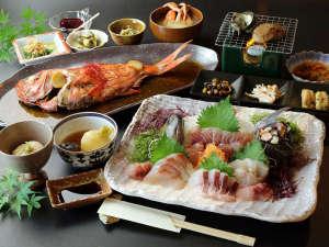 あさりのお宿:伊豆の海の幸を中心に、オーナー夫妻が腕によりをかけて作った豪華料理です♪