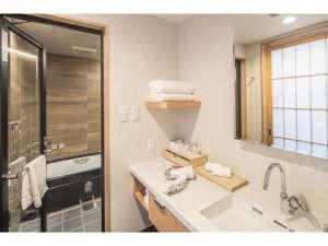 京都 新町六角ホテル グランレブリー:Premium& Delux all Jet bath with shower