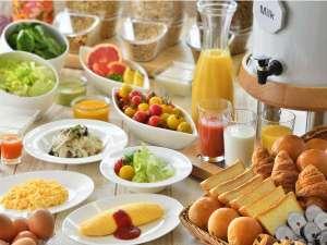 サンルートプラザ東京:★ふわとろ食感がたまらない!オールデイダイニング【カリフォルニア】の朝食バイキング※イメージ