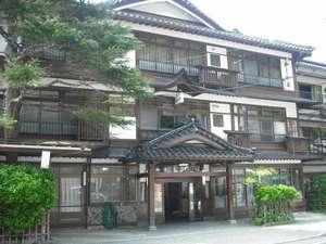 かしわや旅館:いらっしゃいませ。当館にてごゆっくりお過ごし下さいませ。昭和26年建築、築60年になります。