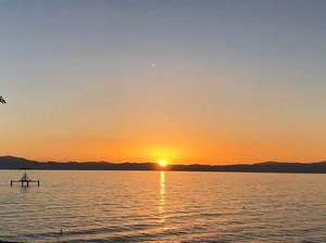 【当宿からの景観】当宿から見える夕日