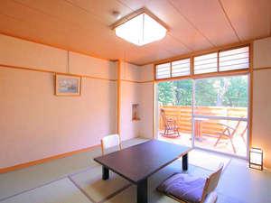 KKR平湯たから荘(国家公務員共済組合連合会平湯保養所):テラス付の8畳和室