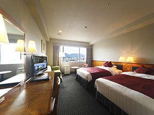 ホテル日航奈良:東側ラージツインルーム(35㎡)お休みの時はふわふわのデュベに包まれながら、朝までぐっすり