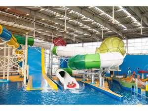 スパワールド世界の大温泉:【スパプー】楽しさいっぱい!年中遊べる全天候型屋内アミューズメントプール