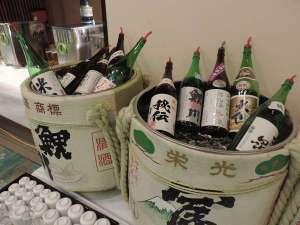 創業参百四十七年の五つ星の宿 萬国屋:酒どころ山形庄内の10社蔵元から厳選した吟醸酒が飲みくらべできます