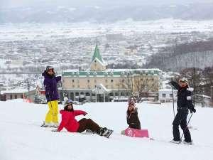 ホテルナトゥールヴァルト富良野:スキーするならナトゥールヴァルトへ!!スキー場が目の前