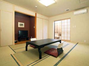 民宿inn みやざき 湯楽庵:露天風呂付き和室◆静かな滞在をお楽しみ頂けます。