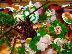 網元 又五郎:とーちゃんが獲った伊勢えび、あわび、ささえの活き造り&シラッ鯛の姿造り