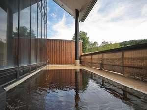 宮中島温泉 ミオンなかさと:*四季折々の変化の楽しめる露天風呂。解放感が気持ちいいと好評です!