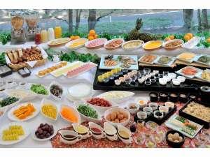 ホテルクラウンパレス北九州(HMIホテルグループ):≪朝食バイキング≫手作りの心こもったお料理をご用意♪大人も子供も楽しめる品を揃えております!