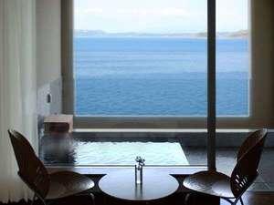 オレンジ・ベイ:3階【モダンタイプ】全室海側に天然かけ流しの露天風呂付き