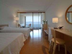 オレンジ・ベイ:4階【ツインナチュラルタイプ】海を眺めながら露天風呂でごゆっくりと