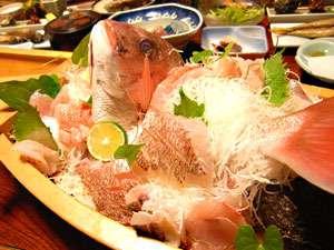 鯛納屋(たいなや):*新鮮な魚介類をご賞味ください