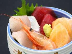 大山ロイヤルホテル:好きなだけのせて召し上がれ!■豪快!海鮮丼■ディナーバイキング