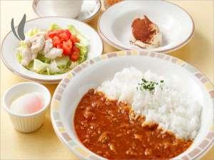 3種類から選べるご朝食♪≪カレーモーニングセット≫ドリンクバー付き