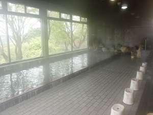 榊原温泉 美人の湯 白雲荘:男性大浴場!!景色が一望できます。