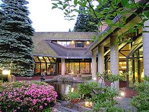 盛岡つなぎ温泉 ホテル三春:温泉街の奥という静かな環境