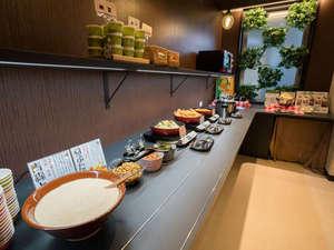 スーパーホテル青森:朝食サービスカウンター