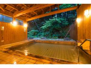 貸切コテージ・コンドミニアム 苗場ウエスト:開放的な離れ露天風呂