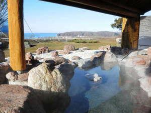 新冠温泉 レ・コードの湯 ホテルヒルズ:■新冠温泉 露天風呂からの眺望♪