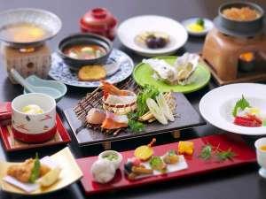 ホテルみや離宮:瀬戸内の海産中心の会席料理です。名物穴子や牡蠣をお召し上がり下さいませ