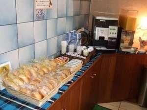 第1スターナゴヤ:朝軽食サービス開始!ご自由にご賞味下さいませ。