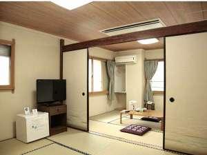 ビジネス金子ホテル:12畳という大きな間取り。全室ホテル回線を利用したWi-fi接続可能。