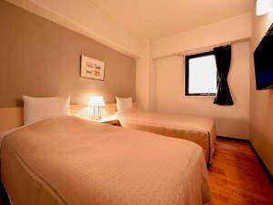 盛岡ニューシティホテル:【ツイン】20平米・32型液晶テレビを備えた足元ゆったり、清潔感溢れるお部屋