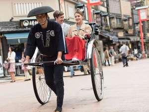 浅草ビューホテル:人力車に乗って浅草散策はいかがでしょうか?