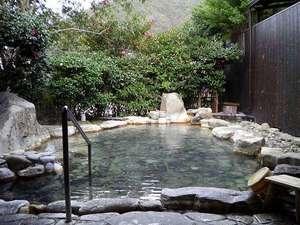 わたらせ温泉 ホテルやまゆり:『日本屈指の貸切露天風呂』6:00~23:30の時間帯で空きがあれば無料で利用可【予約不可】