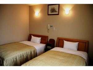 ビジネスホテル グランディII