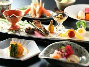 ホテル春日居:≪創作和食会席≫季節替わりの献立で、旬の味覚をお楽しみください。