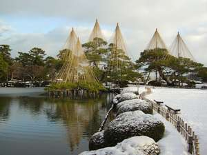 ANAクラウンプラザホテル金沢:金沢の冬の風物詩 「兼六園雪吊り」