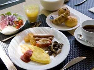ANAクラウンプラザホテル金沢:加賀野菜など地元食材を中心に厳選した約100品目の朝食ブッフェ(イメージ)