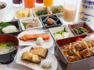 ホテルリソル函館:函館港を眺めながら、朝食をお楽しみいただけます。