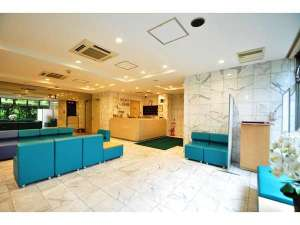 ホテル甲子園:1階ロビー景観