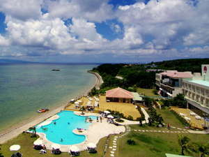 石垣島ビーチホテルサンシャイン:八重山諸島の島々が浮かぶ紺碧の海見ながらゆったりとした時間をお過ごしください