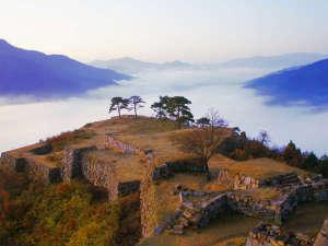 旅館 古城:日本のマチュピチュと呼ばれる竹田城跡から20分の場所にある旅館古城。