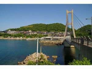 間人港入り口に架かる「間人大橋」。間人港~城嶋の絶好お散歩コースです。