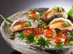 美食家つどう海の京料理 昭恋館 よ志のや:【夏限定】丹後旬の味覚濃厚な岩牡蠣を堪能。