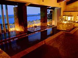 ホテルニューアワジ:【淡路棚田の湯】 '06年7月OPENの棚田の湯。淡路島の原風景「棚田」をモチーフにした斬新なお風呂