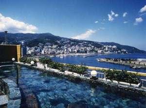 秀花園 湯の花膳:【湯処】昼は熱海の海を見ることが出来ます