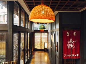 野沢温泉 河一屋旅館:館内の様子♪伝統工芸品を設えてみました。