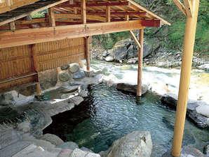 川俣 一柳閣:新緑の女性専用露天風呂