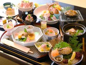 お召し上がりになりたいものをチョイス。プランにより、お料理の数品をお好みでお選びいただけます。