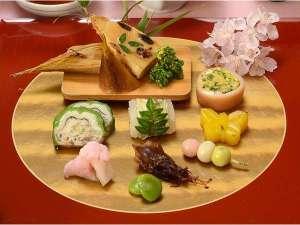 宝塚ワシントンホテル:季節の食材をふんだんに取り入れた会席料理☆