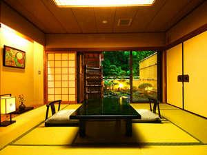 湯の花温泉 松園荘 保津川亭 (しょうえんそう ほづがわてい):≪露天風呂付客室一例≫上質な寛ぎを提供いたします。