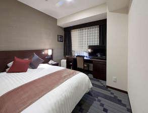 ホテルメッツ横浜鶴見<JR東日本ホテルズ>:シングルルームでも広々16平米■シモンズ社製ベッド幅140cm